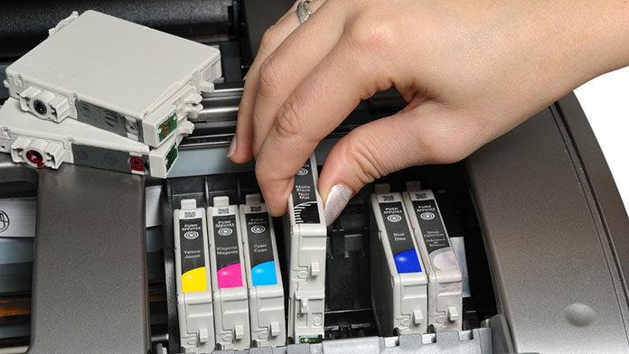 Jak dbać o tusz i toner do swojej drukarki?