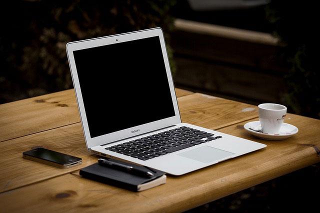 Laptop za 1000 zł - czego szukać, aby dobrze wybrać?