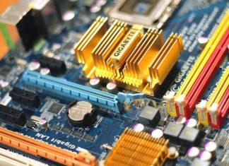 Pamięć RAM w laptopie - jak ją dodać?