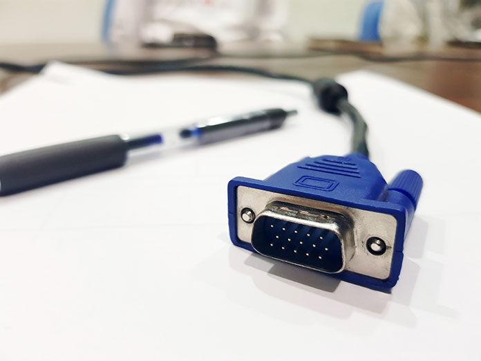 Czy transmisja interfejsami DVI i HDMI jest bezpieczna